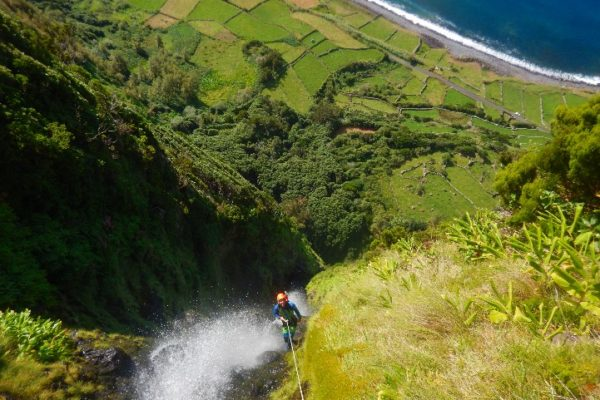 Canyoning-aux-acores-3