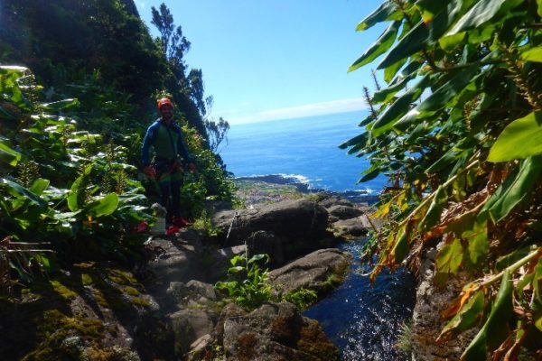 Canyoning-aux-acores-4